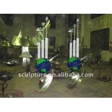 Металлическая наружная всемирная скульптура