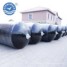 Defensas llenas espuma de goma marina para el barco de pesca con la base de la espuma de la célula cerrada y la piel de la PU