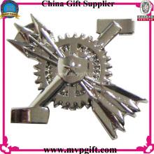 Metall Pin Abzeichen mit 3D Logo Gravur