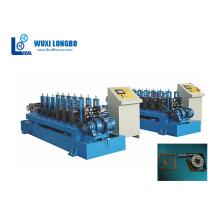 Máquina formadora de cajas de persiana enrollable