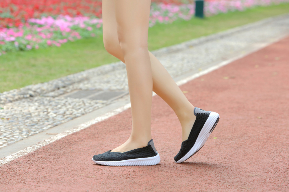 Fashionable Flat Shoes