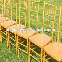 PC chiavari en résine en or chaise à la fête de mariage