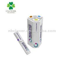 Bolígrafo multicolor en un conjunto