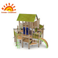 Patio de madera Playground Playhouse en venta