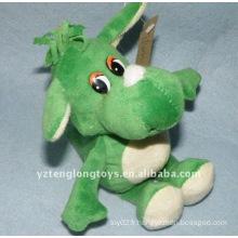 Dragon en peluche farci