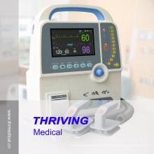 Tragbarer Defibrillator mit EKG