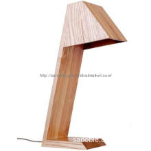 2013 Simple Design Wooden Lamp Table Light