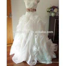Hochzeitskleid Yiwu des erstaunlichen Prinzessinballkleides modernen Braut trägerloses