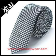 Neue Kombination Mens Shirt und Krawatte