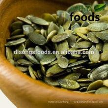 Alimentation saine de graines de citrouille décortiquées en gros