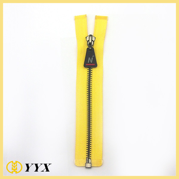 metal brass polished zipper