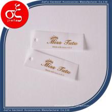 Etiqueta de suspensão / etiqueta de balanço de papel de pergaminho impressa com logotipo personalizado para colthing