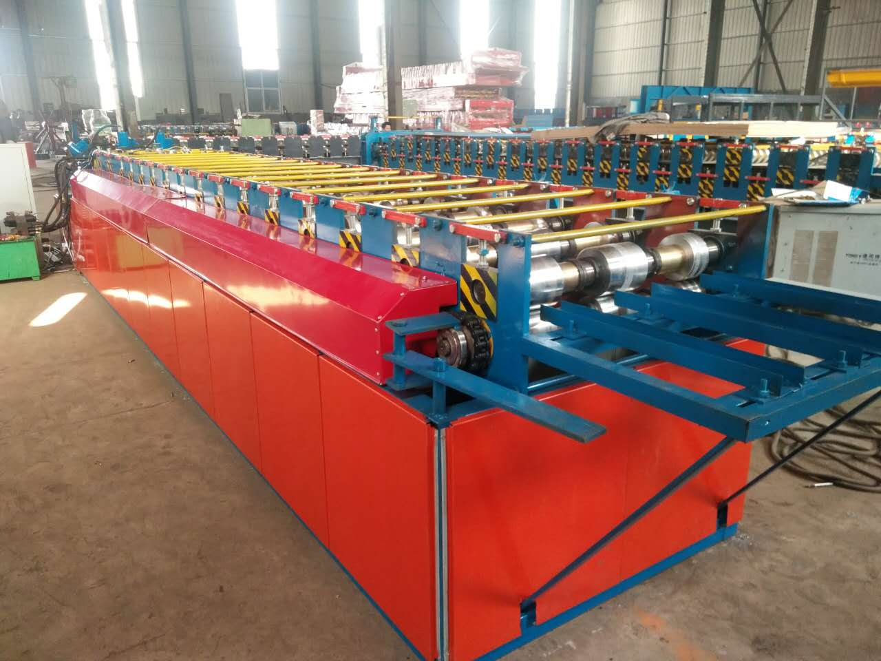 Wall fence panel roll forming machine