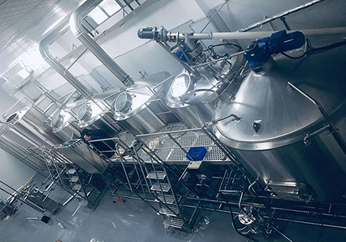 4 vessels brewhouse