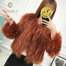 Manteau d'hiver confortable pour femme avec capuche en fourrure de raton laveur
