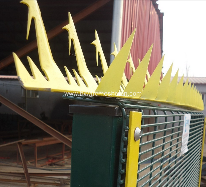 Metal fence spikes
