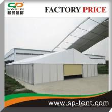 Magasin de magasin d'entrepôt temporaire extra large 15x60m avec paroi sandwich et porte auto-rilling pour stockage de voiture