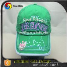 El estilo de encargo del panel del sombrero de 6 paneles y el unisex hacen punto sombreros de los casquillos del rhinestone