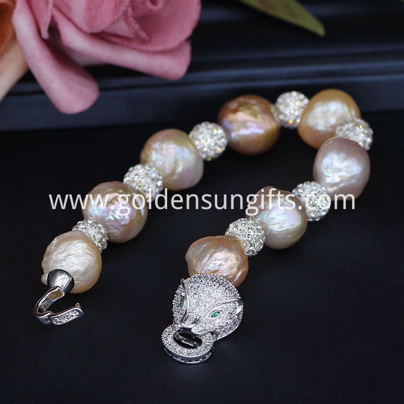 Diamond ball Pearl Bracelets