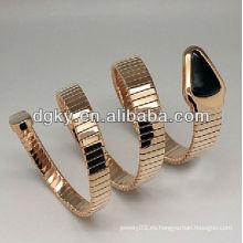 Brazalete de oro rosa serpiente de acero inoxidable