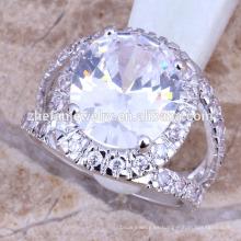 Anillo de compromiso de diamantes grandes joyas de circonio cúbico de latón