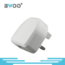 Single USB Travel Charger with UK Plug for Mobile Phone