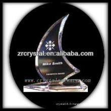 design attrayant blanc trophée en cristal X063