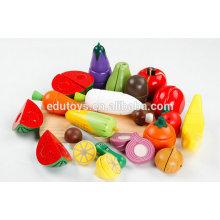 Hölzernes Essen, das hölzernes Nahrungsmittel spielt Spielzeug für hölzernes Kinderspielzeug