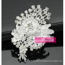 Elegante broche de cristal vintage com flor em flor
