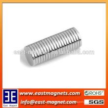 Imán redondo del cilindro redondo de plata N52