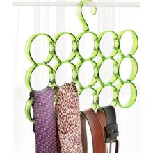 Cuatro filas colgador de círculos de plástico para la ropa y la bufanda