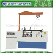 Automatic thread roll machine for bolt