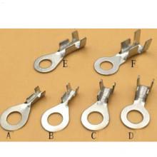 Cosse d'extrémité plate d'emboutissage progressif de haute précision