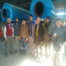 Mobile type waste oil sludge recycling equipment