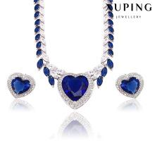 Ensemble de bijoux en forme de coeur en forme de coeur rhodié CZ de luxe pour le mariage 62362