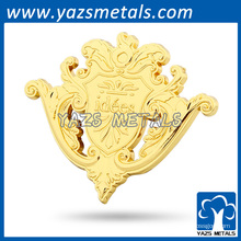 Sticker en métal plaqué or