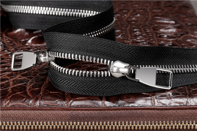 Good Smoothness Stainless Steel Teeth Double Way Zipper