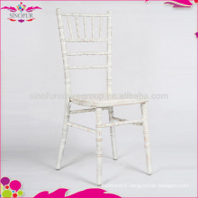 limewash chiavari chair seating