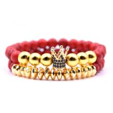 2PCS / Set Fake Gold Charm 8MM Pulsera de turquesa roja