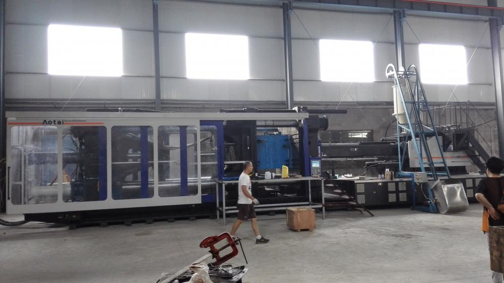 Mesin Injection Molding Plastik Mainan U / 3000