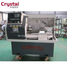 Torno do CNC da precisão com o torno pequeno CK6132A de 6 ferramentas da torreta