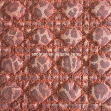 estampado en caliente la tela del bordado que acolchaba con tela de malla