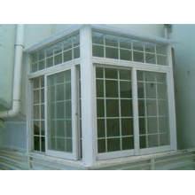 Fenêtre coulissante verticale en vinyle à double glissière avec Grils