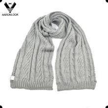Echarpe à motifs en tricot