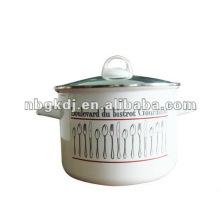 caçarola alta de esmalte com botão de baquelite e tampa de vidro e cabo de aço