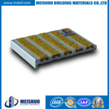 Carborundum Composite Anti Slip Stair Edge Protection for Outdoor Places