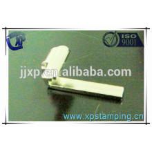 Pièces d'estampage métallique pour pièces de relais de haute qualité en plaques de pliage de fer
