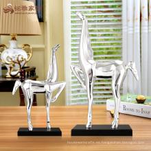 Escultura en miniatura del caballo de la resina del arte de los artes de encargo para la decoración de la mesa