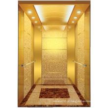 Espelho de Aksen Goden gravou o elevador J0346 do passageiro da sala da máquina