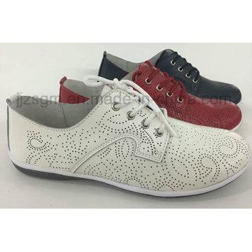 Bequeme Art und Weise flache echte Brogue beiläufige Schuhe für Frauen